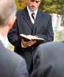 How to Officiate a Funeral