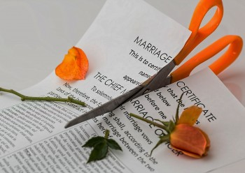Funeral Etiquette After a Divorce