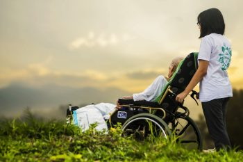 Finding Support for Yourself and Your Loved Ones during End-of-Life Care