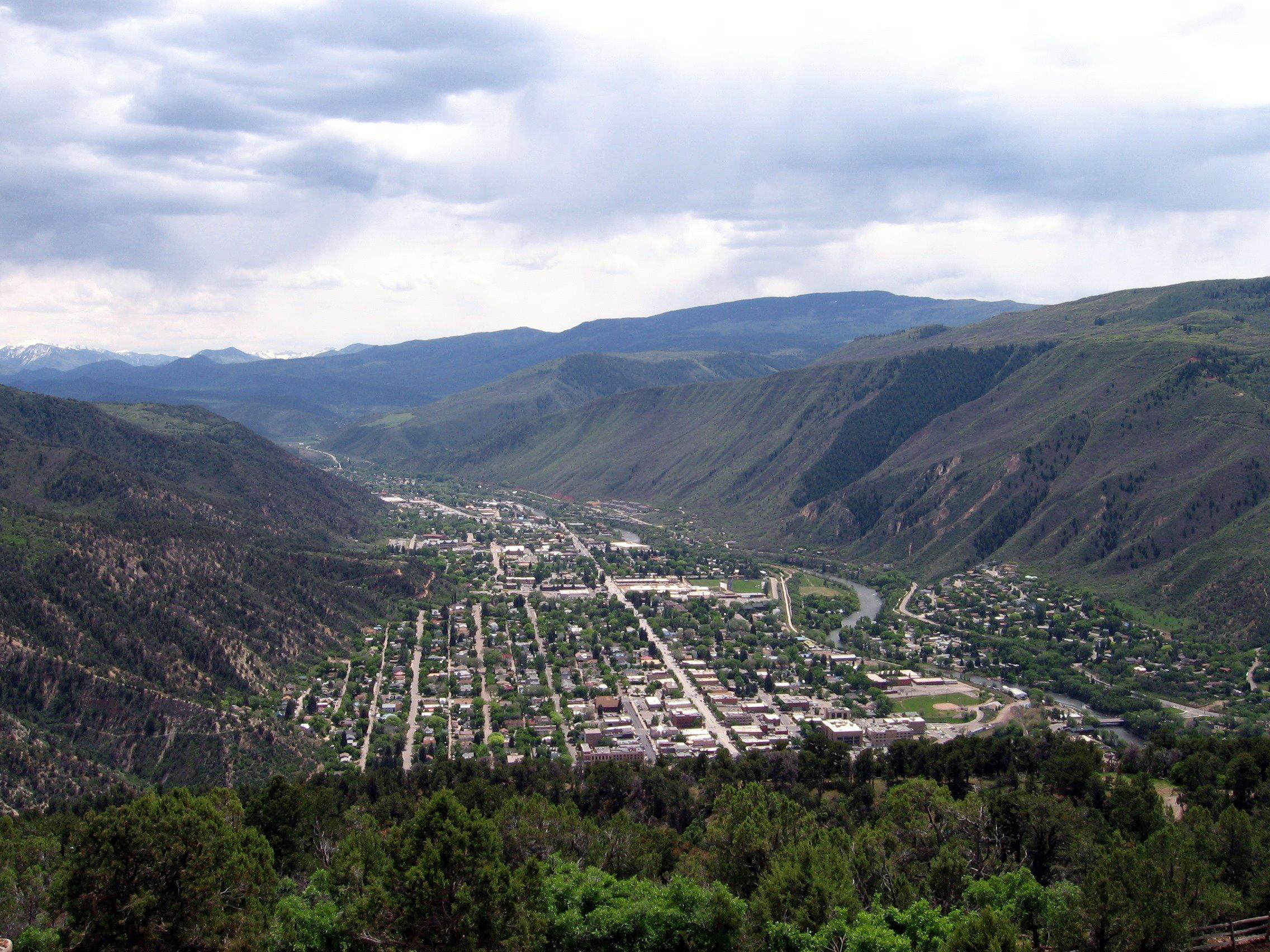 Small Mountain Town Co Durango Glenwood Springs Rent