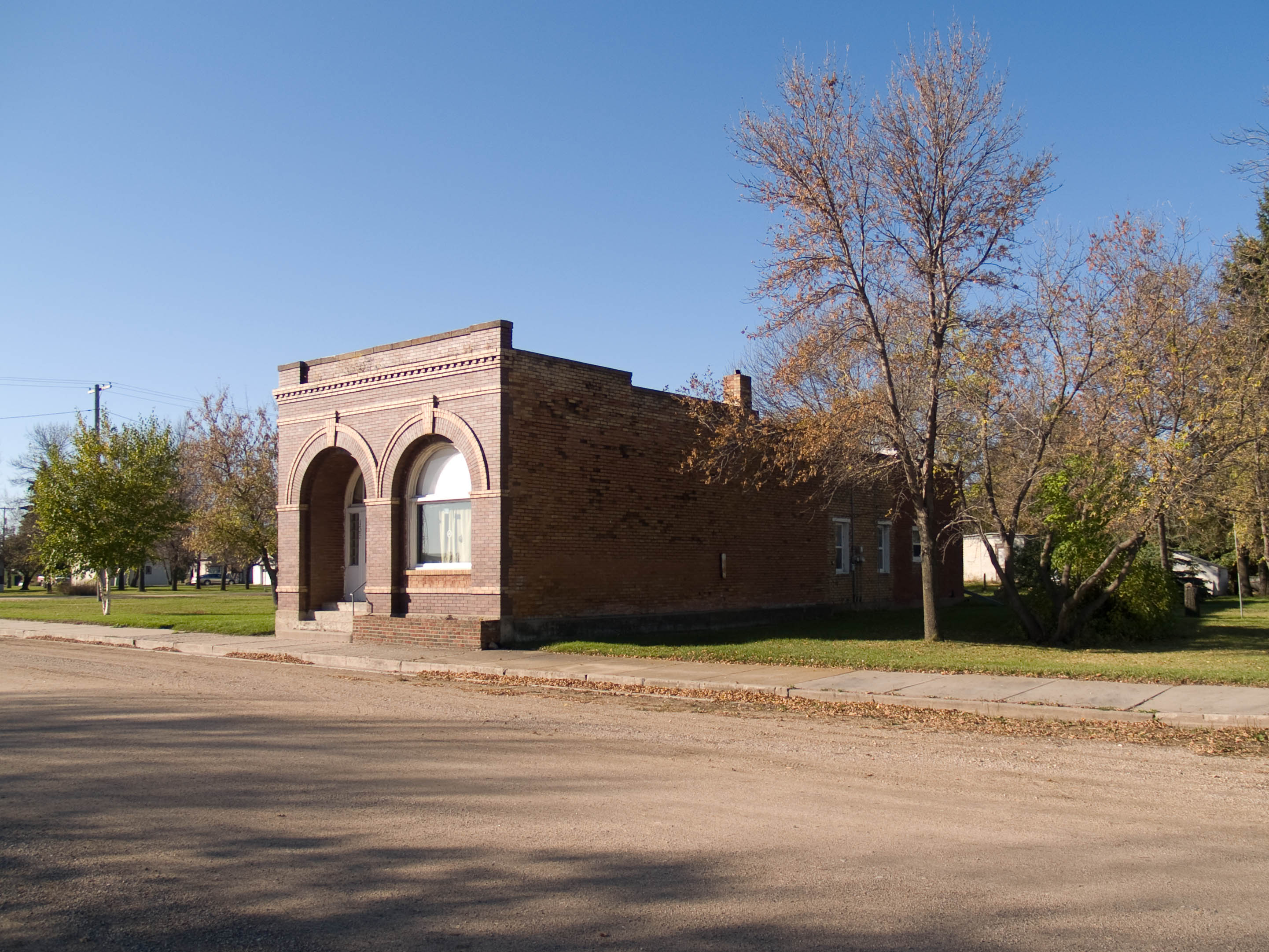 Rogers funeral homes funeral services flowers in north for Home builders in north dakota