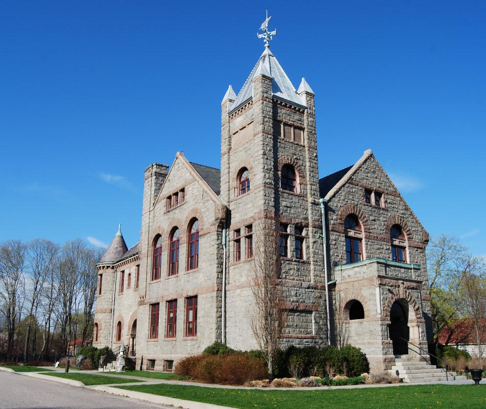 Warwick Rhode Island Courthouse