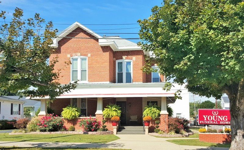 Young Funeral Home In Louisa Ky