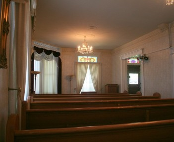 The beautiful interior chapel at Hampton Funeral Home and Cremation in Prescott, Arizona.