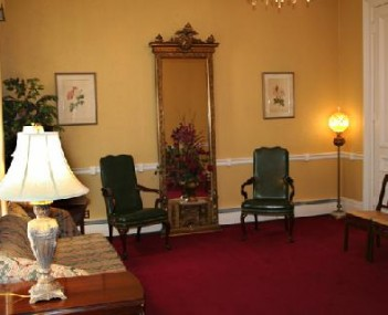 Interior shot of Combs, Parsons & Collins Funeral Home