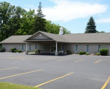 Exterior shot of Filbrandt Family Funeral Home