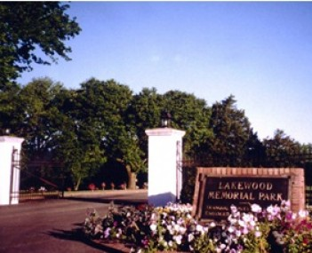 Exterior shot of Lakewood Memorial Park Incorporated