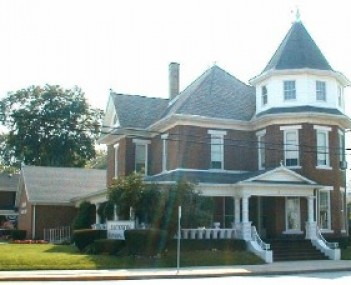 Exterior shot of Jackson Funeral Home