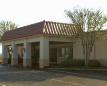 Exterior shot of Buck-Ashcraft Funeral Home