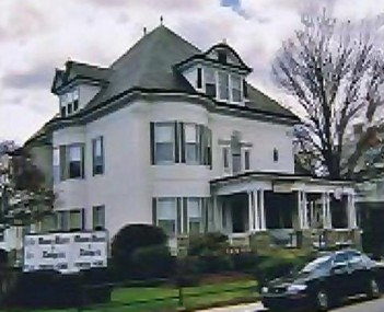 Exterior shot of Mann & Rodgers Funeral Home