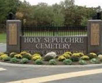 Exterior shot of Holy Sepulchre Cemetery