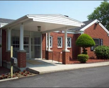 Exterior shot of Hudson Valley Funeral Home