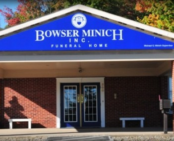Exterior shot of Bowser Minich Incorporated Funeral Home
