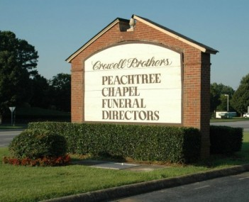 Exterior shot of Crowell Brothers Funeral Home