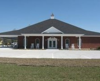 Exterior shot of Daniels Funeral Homes and Crematory Incorporated