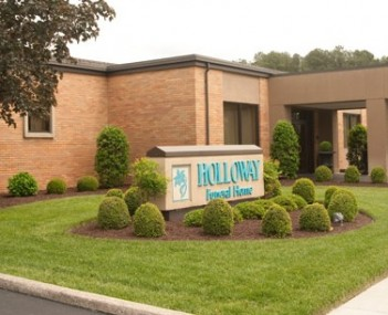 Exterior Holloway Funeral Home