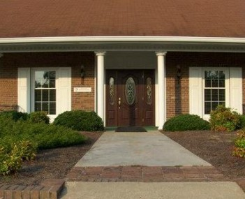 Exterior shot of Peoples Funeral Home of Whiteville Incorporated