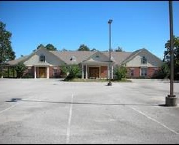 Exterior shot of Fairhope Funeral Home & Crematory Incorporated