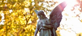 Who is Responsible for Burial Costs When a Loved One Dies?