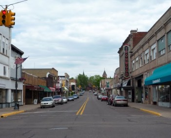 2009-0617-downtown-Ironwood