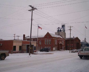 Downtown Enderlin: post office, history center, city hall