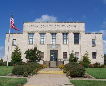 Polk County Courthouse in Mena