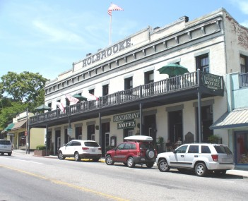 The historic Holbrooke Hotel and Restaurant
