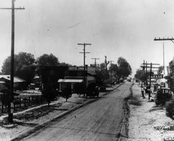 Newhall, 1919