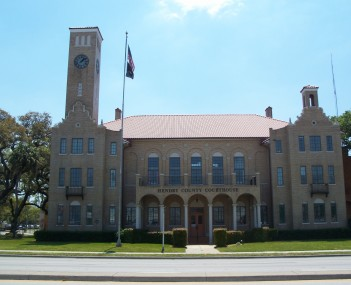 Old Hendry County Courthouse