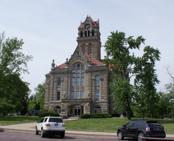 Starke County Courthouse
