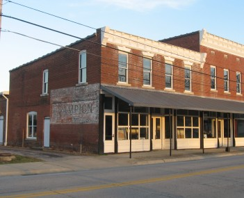 Historic buildings in Lewisport