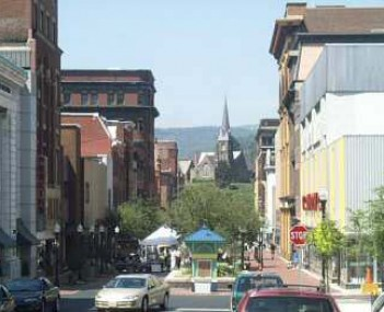 Downtown Cumberland in July 2001