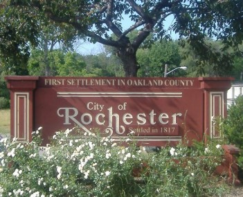 Rochester Michigan Welcome Sign