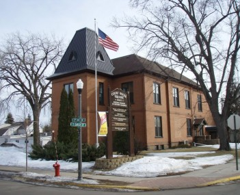 Isanti Co Courthouse 4
