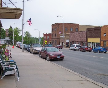 Main Avenue in downtown Red Lake Falls in 2007