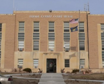 Furnas County Courthouse from S