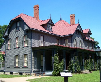 http://dbpedia.org/resource/James_A._Garfield_National_Historic_Site