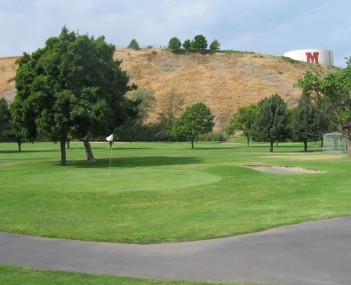 Golf course in Milton-Freewater