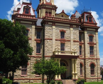 http://dbpedia.org/resource/Caldwell_County_Courthouse_(Texas)