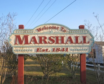 Marshall welcoming sign IMG 2329