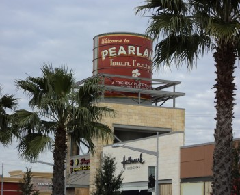 http://dbpedia.org/resource/Pearland_Town_Center