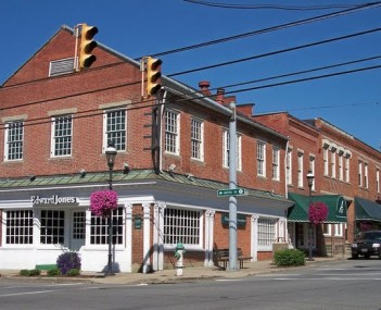 Barboursville Funeral Homes, funeral services & flowers in